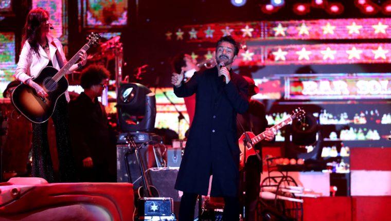 Ricardo Arjona cautivó durante concierto íntimo en Guatemala. (Foto Prensa Libre: Keneth Cruz)