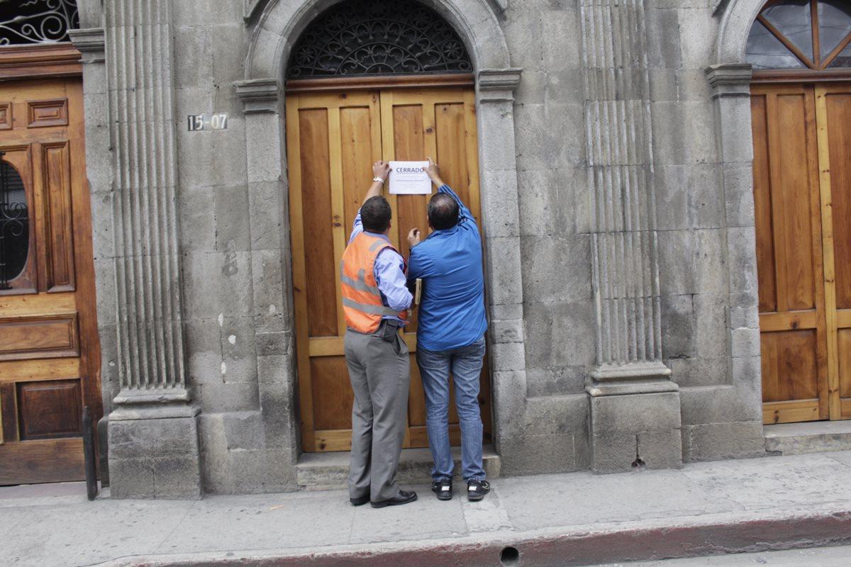 En todo el país las agencias de correo estatal concesionado a la empresa El Correo suspendió operaciones esta semana. (Foto, Prensa Libre: María José Longo)