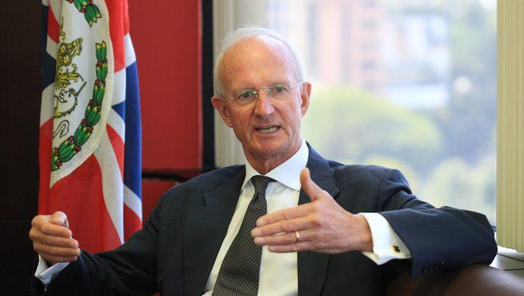 Thomas Carter concluyó su gestión como embajador británico. (Foto Prensa Libre: Esbin García)