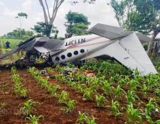 En la avioneta accidentada este domingo, viajaban dos personas de nacionalidad mexicana. La aeronave salió de Aeropuerto La Aurora. (Foto Prensa Libre: Fernando Rivera)