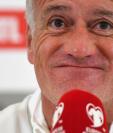 El técnico francés Didier Deschamps prefiere no hablar sobre las declaraciones de Karim Benzema. (Foto Prensa Libre: AFP)