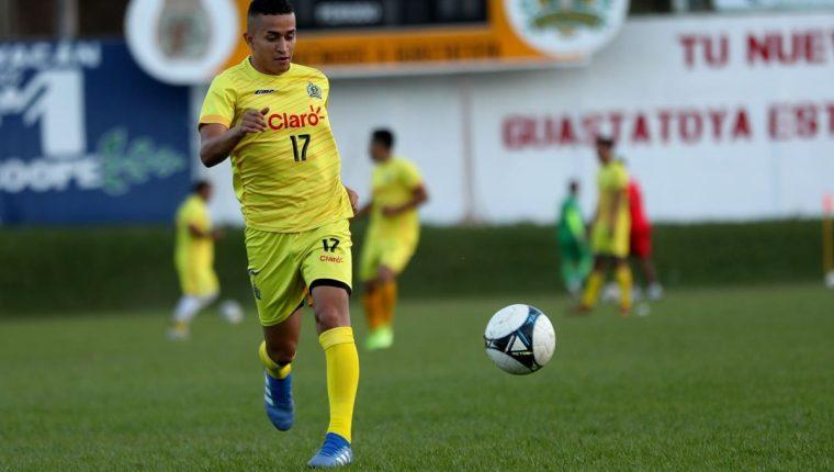 Marvin Ceballos buscará ganarse la titularidad en Guastatoya. (Foto Prensa Libre: Francisco Sánchez)