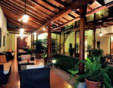 Los hoteles de Art Collection Hotels valorados en cantidades millonarias, cuentan con diseños coloniales y albergan numerosas obras de artistas latinoamericanos. (Foto Prensa Libre: Art Collection Hotels)