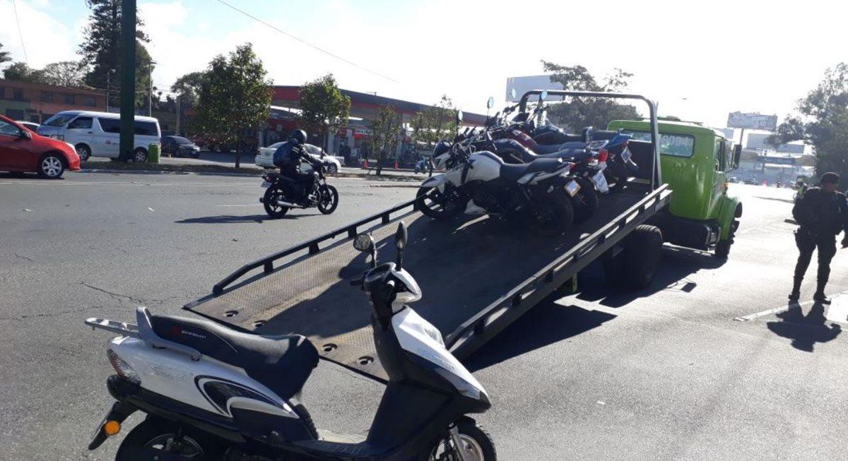 Más de una docena de motos fueron incautadas en operativos. (Foto: PNC)