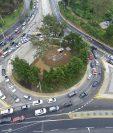 Viaducto de Cayalá no da la solución al tránsito, opinan los vecinos del sector. (Foto Prensa Libre: Hemeroteca PL)