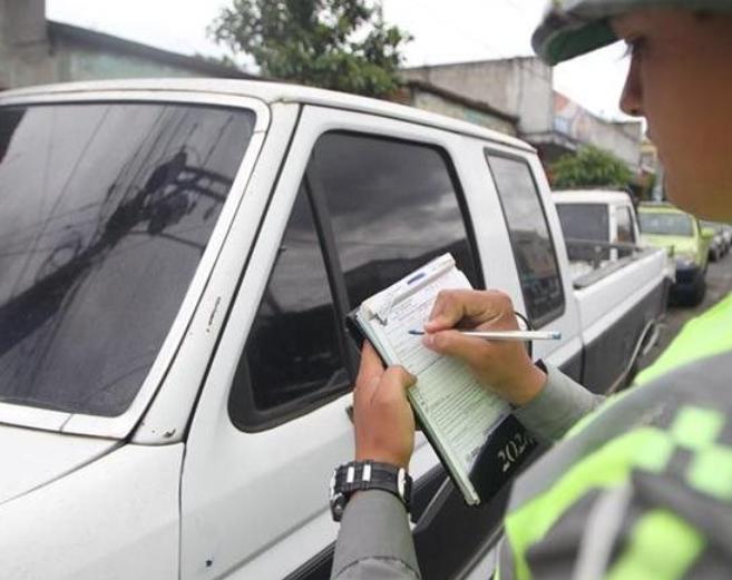 El descuento en las multas de tránsito culmina el 31 de este mes en San José Pinula. (Foto Prensa Libre. Hemeroteca PL).