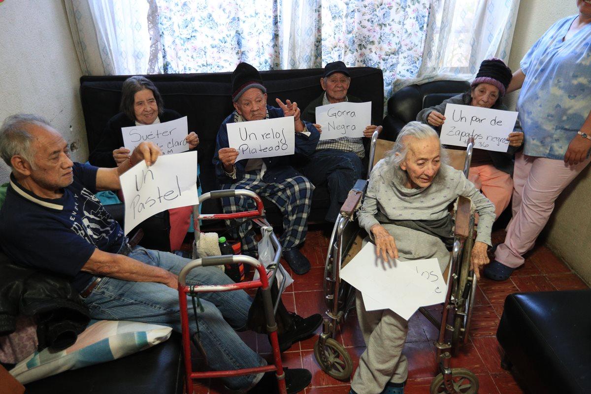 Pizza, zapatos o estar con la familia: estos son obsequios que anhelan los abuelitos del hogar Senilia