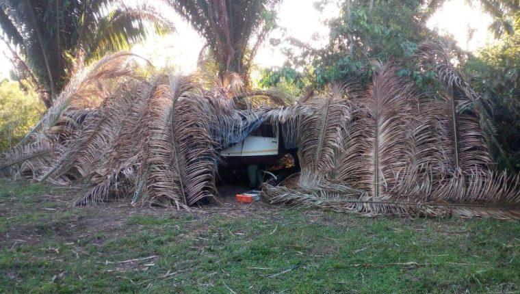En menos de 72 horas autoridades han localizado tres supuestas narcoavionetas en la región de Petén. (Foto Prensa Libre: Rigoberto Escobar)