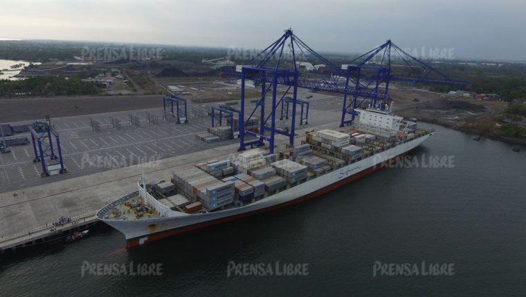 Desde noviembre de este año, la Terminal de Contenedores Quetzal (TCQ) opera con el nombre de APM Terminals Quetzal. (Foto Prensa Libre: Hemeroteca PL)