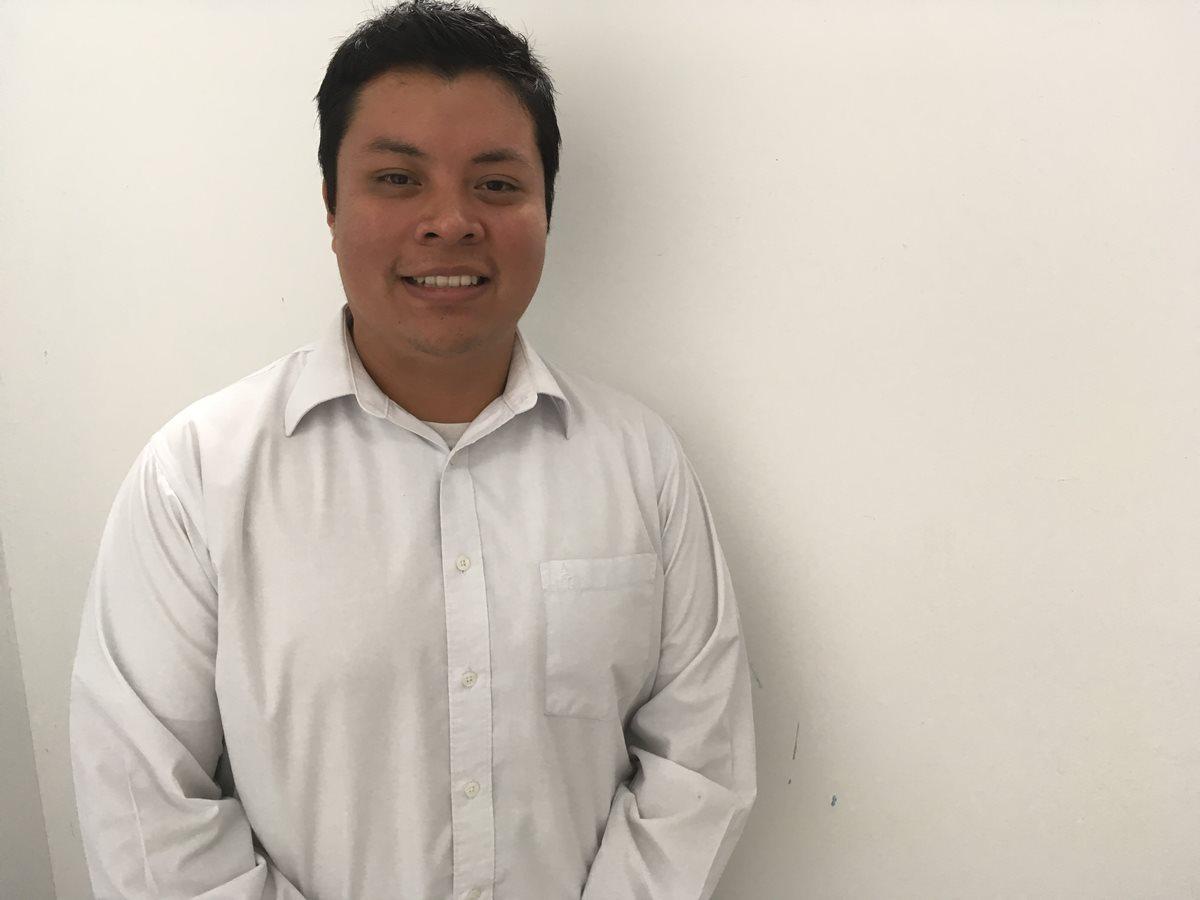 Jorge Ávila creó ImeiDB durante un curso de Android de Intecap.