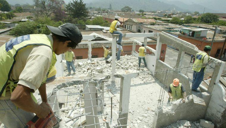 La propuesta del instituto de ahorro y vivienda es crear un plan de ahorro para los trabajadores y acceso al crédito para compra, construcción o ampliación de vivienda. (Foto, Prensa Libre: Hemeroteca PL).