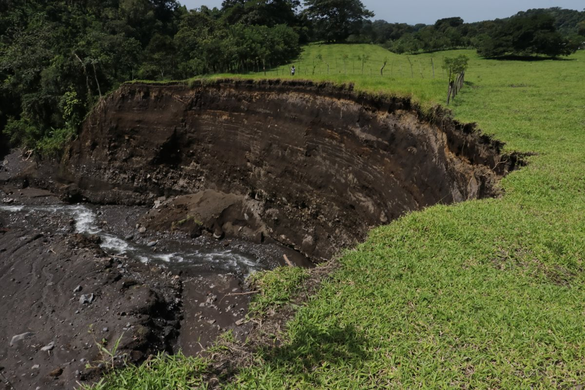 Ríos en San Pedro Yepocapa cambian cauce