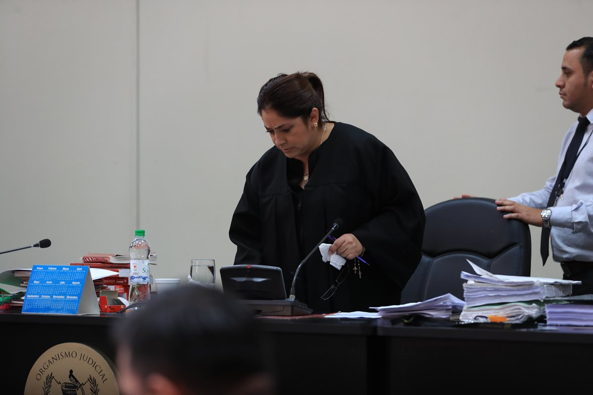 Exministro Carlos Vielmann podría acompañar investigación del caso Infiernito