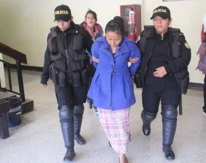 María Margarita Ramos Ramos, de 40 años, fue ligada a proceso y enviada a prisión preventiva. (Foto Prensa Libre: Ángel Julajuj)