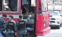 La explosión contra un autobús en la colonia Quinta Samayoa causó heridas a siete personas, incluida la atacante. (Foto Prensa Libre: Hemeroteca PL)