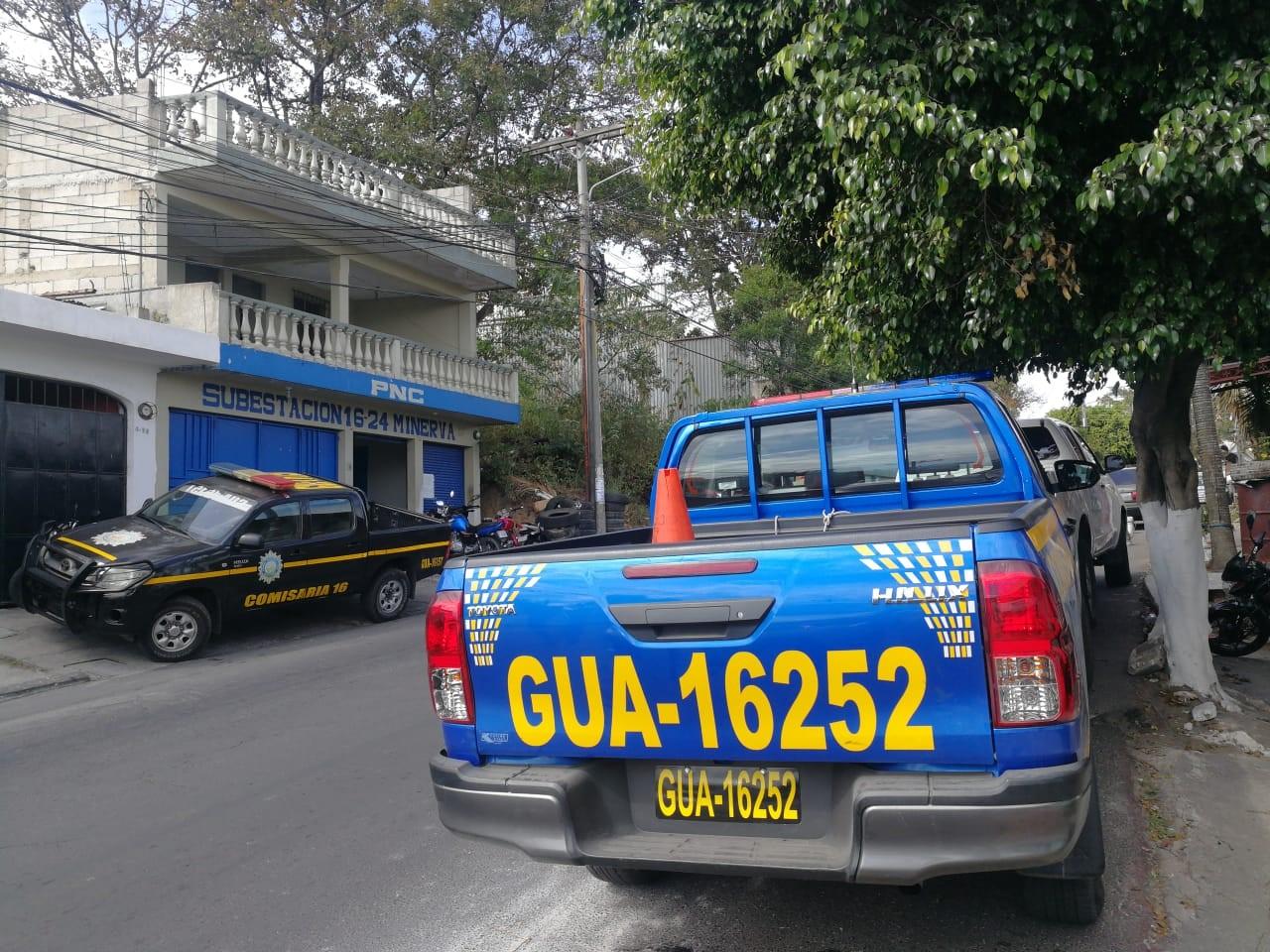 El autopatrulla GUA-16252 fue en la que los policías efectuaron el operativo en el que se detuvo al hijo del diputado Juan Ramón Lau. (Foto Prensa Libre: Edwin Pitán)