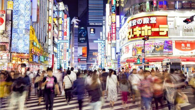 Existen palabras en el lenguaje japonés que reflejan lo peculiar de ciertas prácticas laborales japonesas. FOTO: GETTY IMAGES