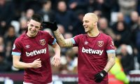 London (United Kingdom), 12/01/2019.- West Ham United's Declan Rice (L) celebrates with his teammate Marko Arnautovic (R) after scoring the 1-0 lead during the English Premier League soccer match between West Ham United and Arsenal FC at the London Stadium in London, Britain, 12 January 2019. (Londres) EFE/EPA/FACUNDO ARRIZABALAGA EDITORIAL USE ONLY. No use with unauthorized audio, video, data, fixture lists, club/league logos or 'live' services. Online in-match use limited to 120 images, no video emulation. No use in betting, games or single club/league/player publications.