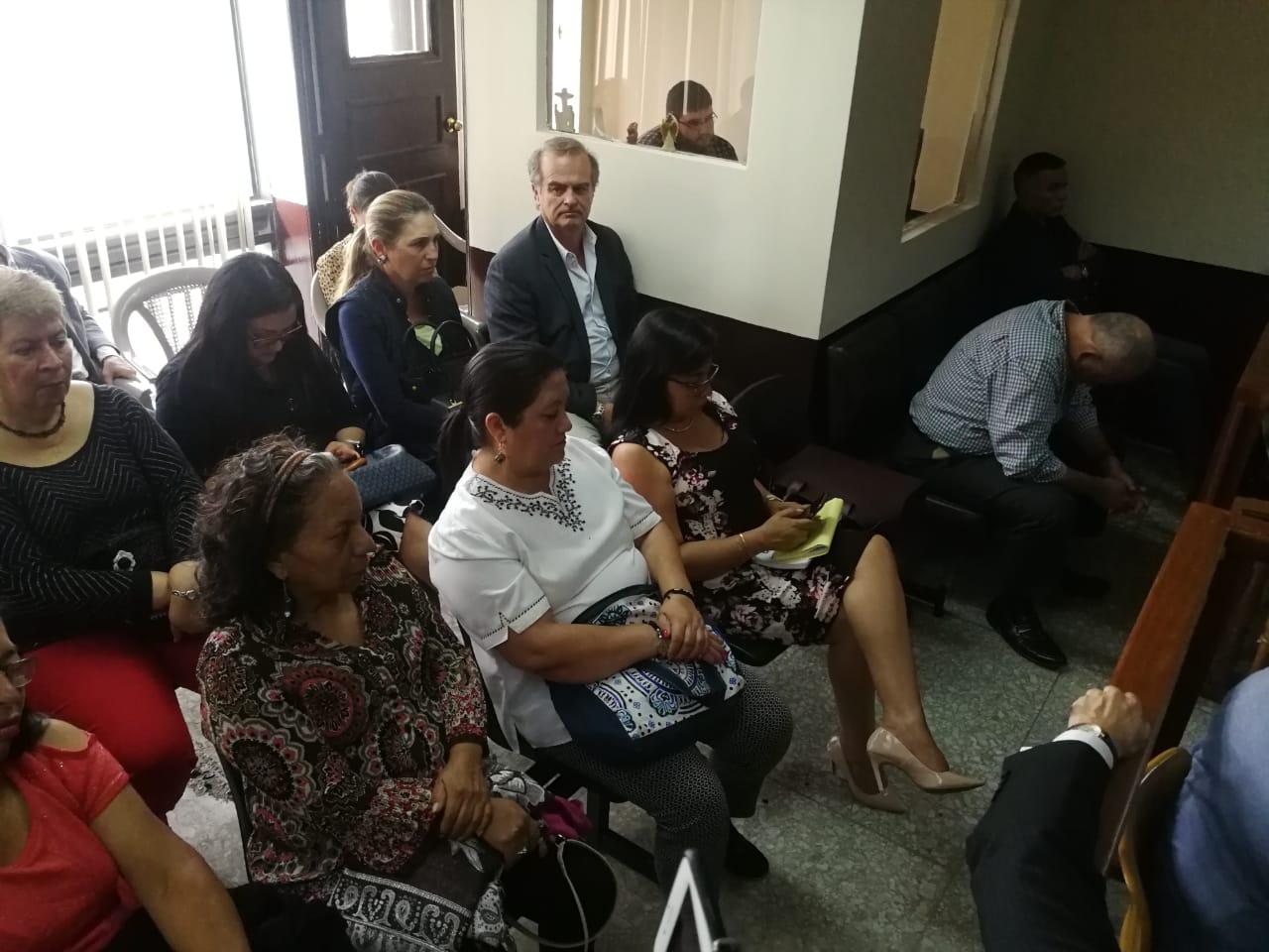 La audiencia de revisión de medidas de coerción se suspendió en el Juzgado Décimo Penal. (Foto Prensa Libre: Érick Ávila)