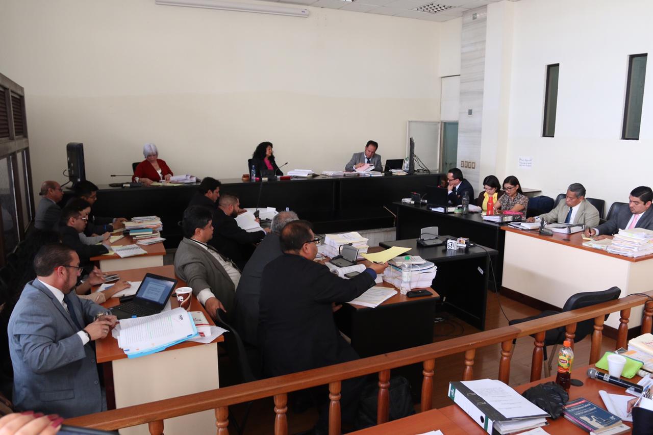El debate del caso Lavado y Política inició en el Tribunal de Mayor Riesgo A. (Foto Prensa Libre: Juan Carlos Pérez)