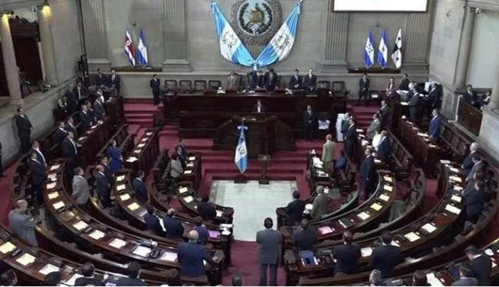 La propuesta de Iván Velásquez que es renunciar para que la Cicig continúe en el país provocó opiniones divididas en el Congreso. (Foto Prensa Libre: Hemeroteca PL)
