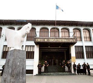 Magistrados conocen amparos a favor de tres magistrados de la Corte de Constitucionalidad. (Foto Prensa Libre: Hemeroteca PL)