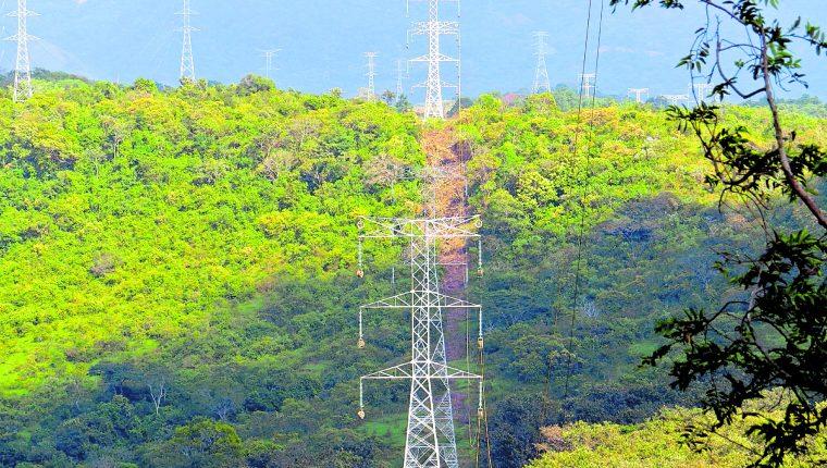 Con el proyecto de Trecsa se busca crear en el país redes en forma de anillos para mejorar transmisión de energía.  (Foto Prensa Libre: Hemeroteca)