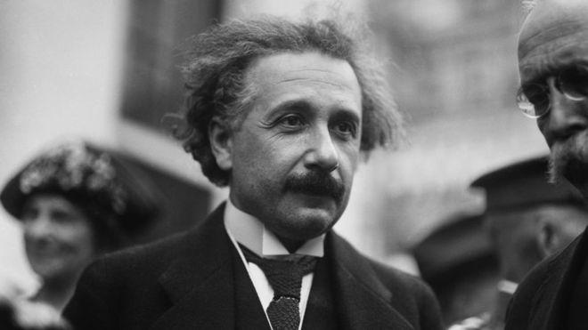 """El Nobel Serge Haroche: Einstein se equivocó, """"Dios efectivamente está jugando a los dados"""" en el universo cuántico (GETTY IMAGES)"""