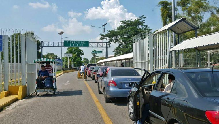 Representantes de la gremial de importadores de vehiculos y la SAT lograron acuerdos por la internación de vehículos. (Foto Prensa Libre: Hemeroteca)