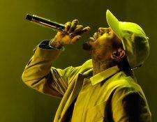 El rapero Chris Brown rechaza los señalamientos en su contra y demandará a la mujer que lo acusa. (Foto Prensa Libre: AFP)