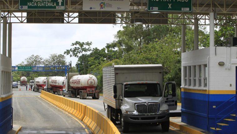 El Salvador podría implementar la unión aduanera con Honduras y Guatemala en marzo próximo. (Foto Prensa Libre: Hemeroteca)