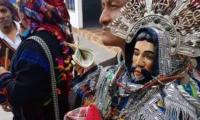 Imagen robada de Ascensión al Señor portada por cofrades de la cofradía de Santo Tomás en Chichicastenango, Quiché, (Foto Prensa Libre: Héctor Cordero).