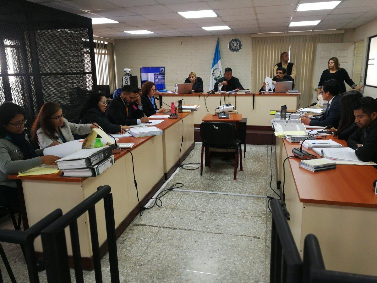El juicio por la liberación del pandillero Anderson Daniel Cabrera Cifuentes, alias Liro Boy, inició en el Tribunal C. (Foto Prensa Libre: Kenneth Monzón)