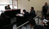 En el Juzgado de Turno compareció el promotor de la agrupación La Trakalosa de Monterrey, Ricardo Mendoza Treviño. (Foto Prensa Libre: Kenneth Monzón)