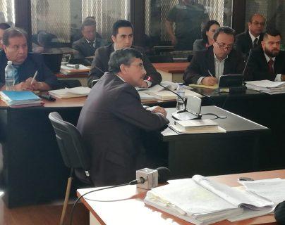 El exvicepresidenciable de Líder, Édgar Barquín, declaró como testigo de Francisco Morales en el juicio del caso Lavado y Política. (Foto Prensa Libre: Kenneth Monzón)