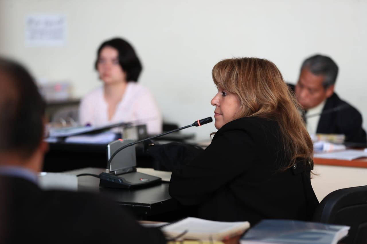 En el juicio del caso Lavado y Política declaró la exempleada bancaria Sandra Elizabeth Sayas. (Foto Prensa Libre: Carlos Hernández)