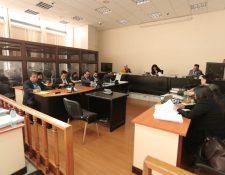 El Tribunal de Mayor Riesgo A escucha las conclusiones del caso Lavado y Política.  (Foto Prensa Libre: Esbin García)