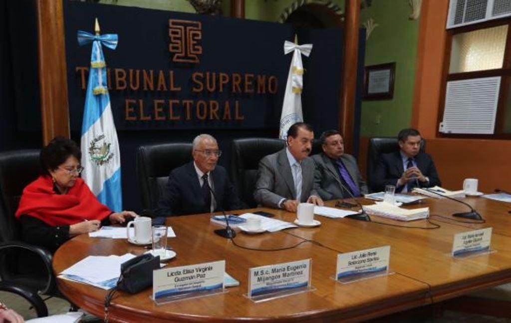 Magistrados titulares del Tribunal Supremo Electoral. (Foto Prensa Libre: Hemeroteca PL)
