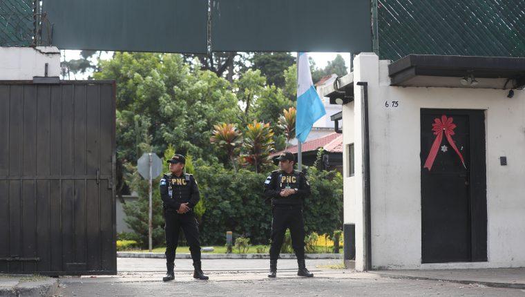 PNC dio seguridad perimetral a la sede de Cicig hasta que dio por terminado el mandato. (Foto Prensa Libre: Hemeroteca PL)