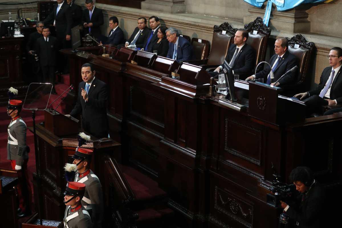Morales, Arzú y Vásquez habrían hablado sobre decreto para respaldar cese de Cicig, según diputado