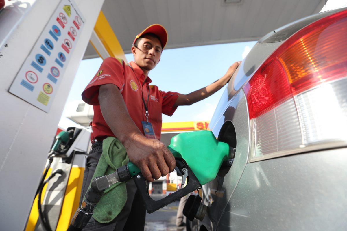 Por esta razón los precios de las gasolinas aumentaron en enero