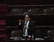 El procurador Jordán Rodas presenta su informe anual ante el Congreso. (Foto Prensa Libre: Érick Ávila)