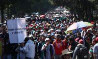 Marcha de maestros quienes fueron convocados por  Sindicato de Trabajadoras y Trabajadores de la Educaci—n de Guatemala (STEG) y la Asamblea Nacional del Magisterio (ANM)  protestan contra la Òpersecuci—n selectivaÓ que hace la justicia contra la suscripci—n de los controversiales pactos colectivos.                                                                                            Fotograf'a Esbin Garcia 31-01- 2019.