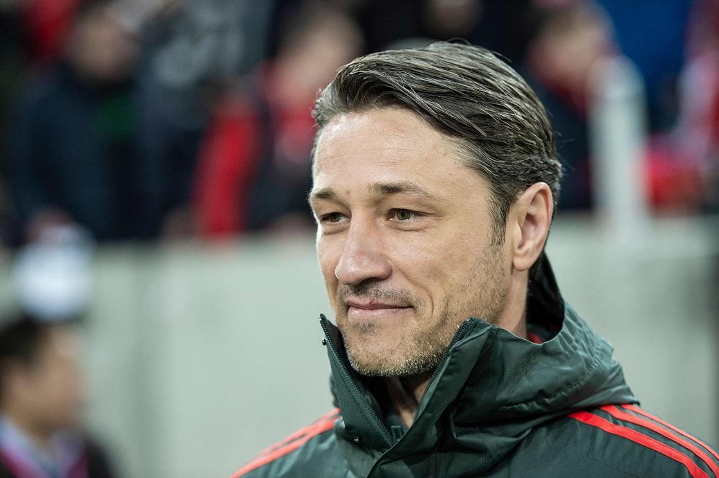 Niko Kovac, entrenador del Bayern Munich, prepara a su equipo después del descanso por el invierno alemán. (Foto Prensa Libre: AFP)
