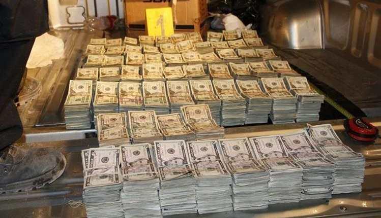 D—lares decomisados  en la ruta a Zacaoa  el dinero estaba oculto dentro de la palangana d un picop.