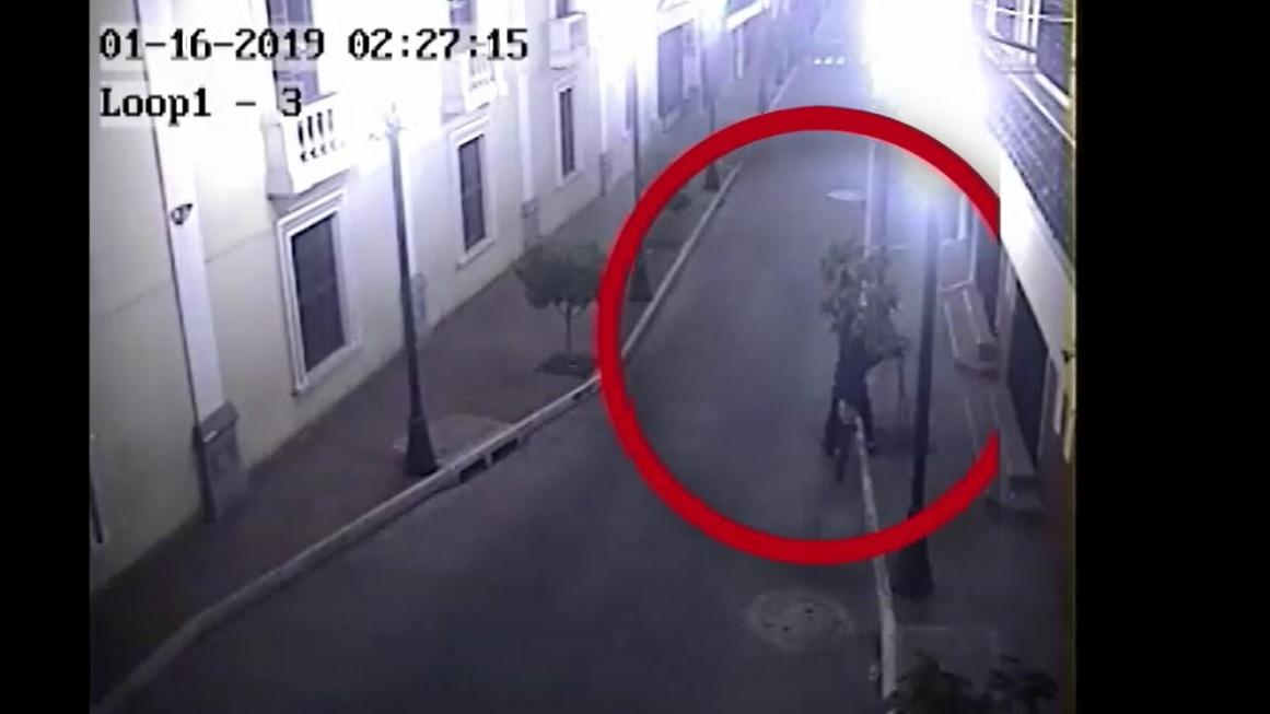 Cámaras de videovigilancia captaron el momento del suceso.  (Foto Prensa libre: María Longo)