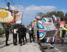 EL mal diseño en un retorno en el km 47.5 de la ruta Interamericana, Sumpango, Sacatepéquez, es causa de accidentes viales. (Foto Prensa Libre: César Pérez)
