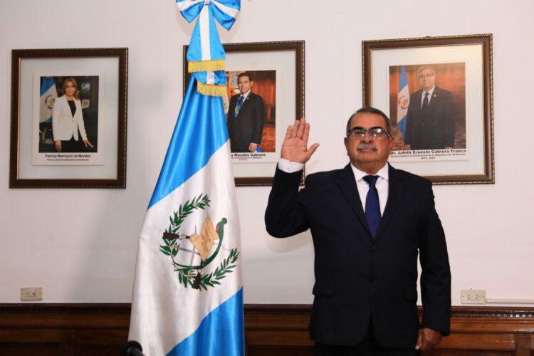 Mario Alfonso Villafuerte es juramentado como nuevo gobernador de Chiquimula