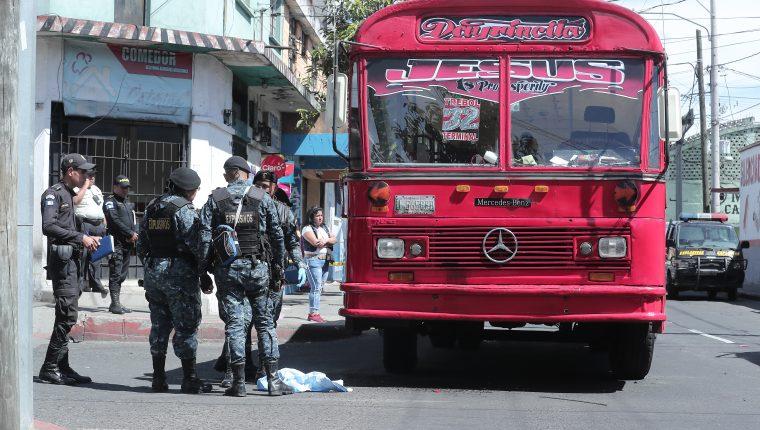 Capturan al presunto acompañante de la mujer que detonó la bomba en una unidad de la ruta 32. (Foto Prensa Libre: Hemeroteca PL)