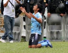 Renato Sequén contribuyó con un gol a la victoria de Sanarate contra Guastatoya. (Foto Prensa Libre: Luis López)